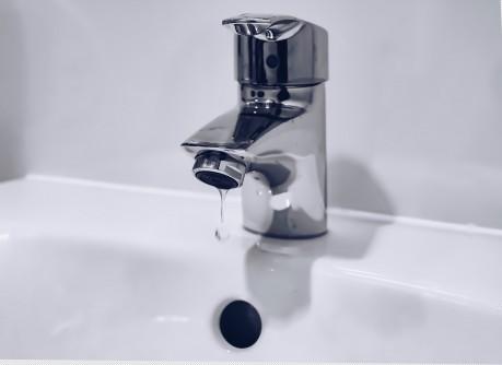 Low Cost Proximity Sensors for Ordinary Water  Faucae